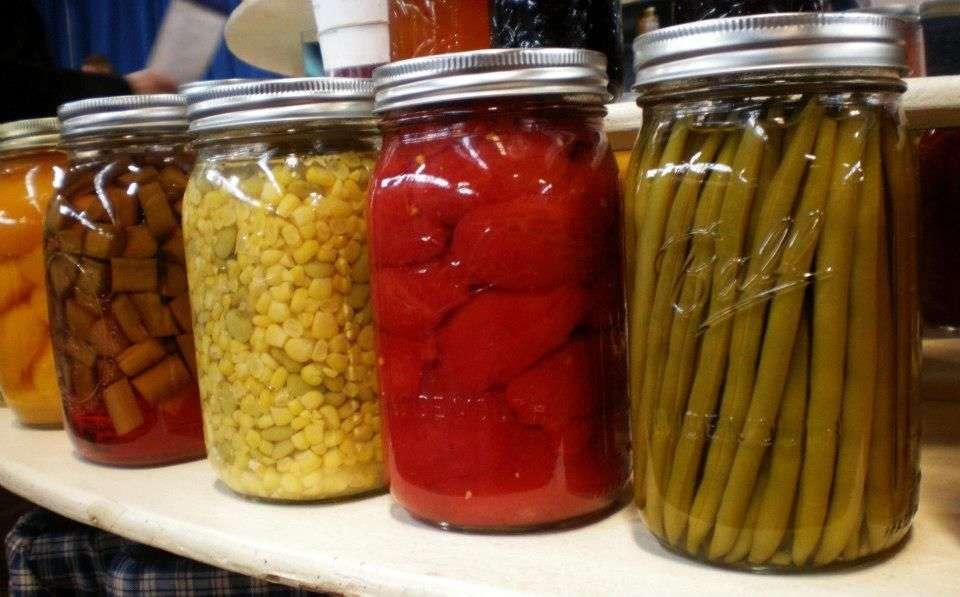 Canning presever produce mason jars